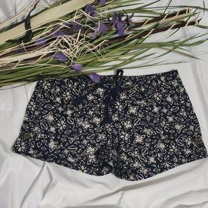 LOFT Drawstring 4' Patterned Shorts